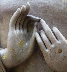 Mudras en Nuevaeristas, Mudras en Hindús, Mudras en Católicos…¿Porqué?
