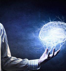 Coaching, programación neurolingüística, raelianos y control mental